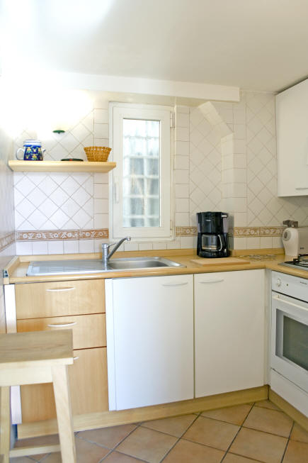Spanish Steps apartment, kitchen